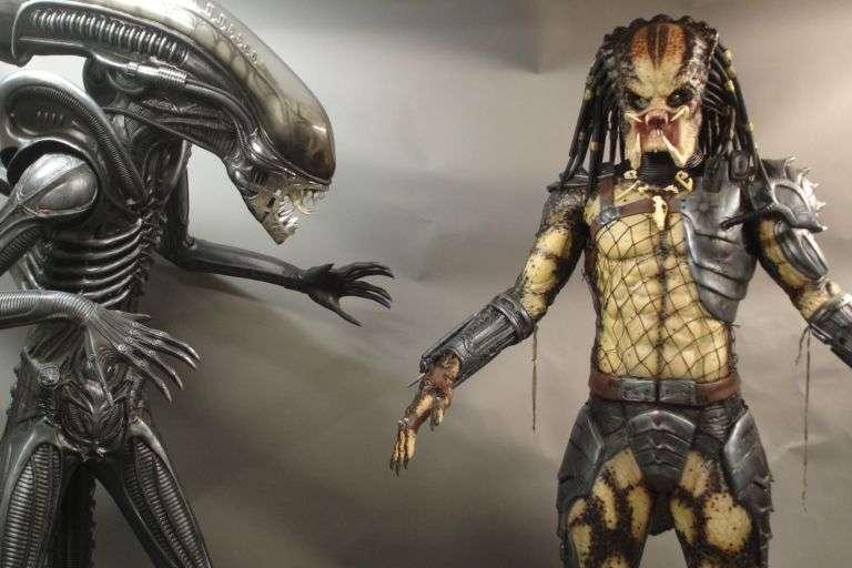 FX-film-props-figures/AlienvsPredator.jpg