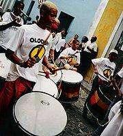 MJ-Pics/MJ-T-Shirts/180px-Olodum-drummers.jpg