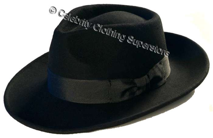 MJ-Pics/michael%20jackson%20fedora%20hat%20with%20name/mj-fedora-hat-with-name.jpg