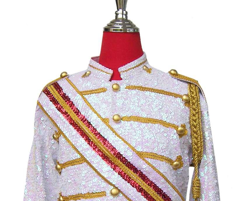 MJ-Pics/mj-victory-jacket/michael-jackson-victory-jacket..jpg