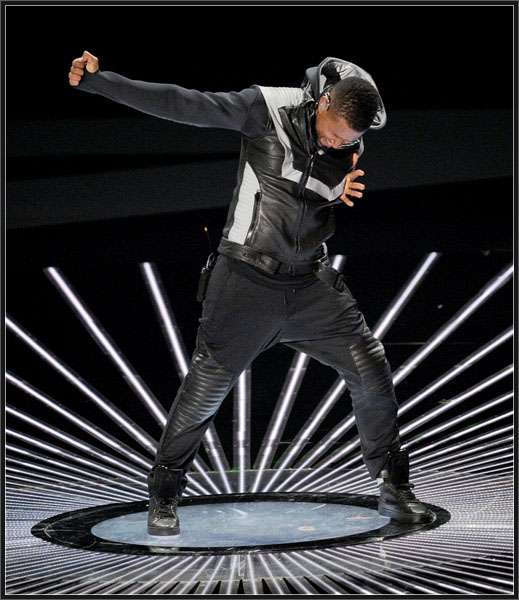Usher-jacket-hoodie/usher-hoodie-jacket-vma-mtv-awards-2010-jacket-2.jpg