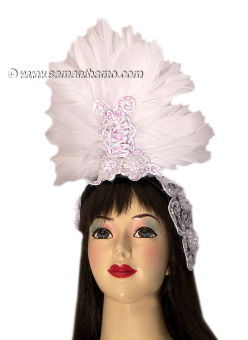 https://michaeljacksoncelebrityclothing.com/cabaret-headdresses/HD406-white-feather-headdress.jpg