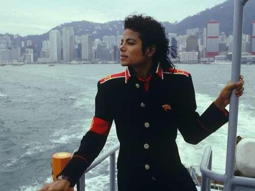 michael-jackson-CTE-jacket/MJ-CTE-03.jpg